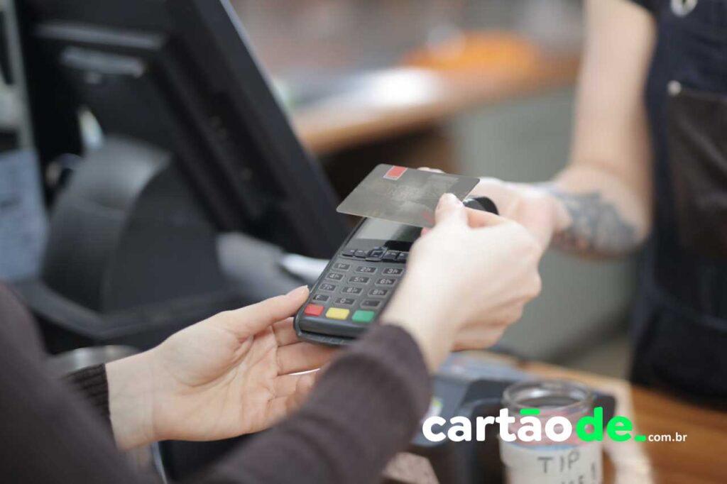 Fraudes no cartão de crédito: veja como se proteger
